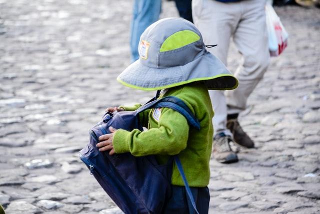 školní aktovka a batoh