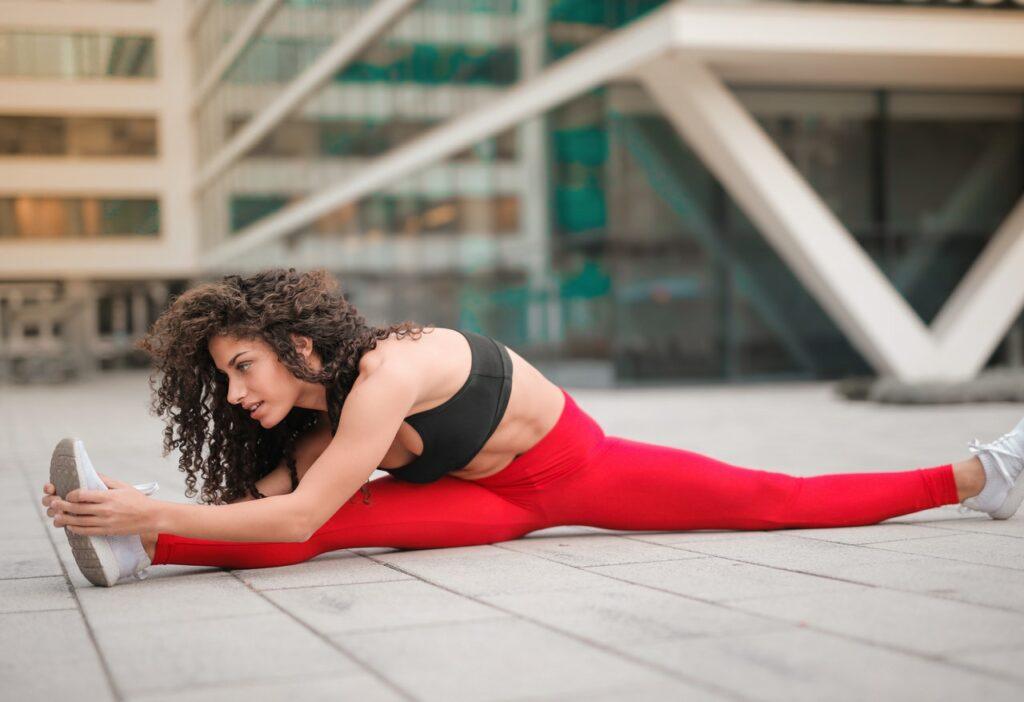 Cvičení a protahování nohou